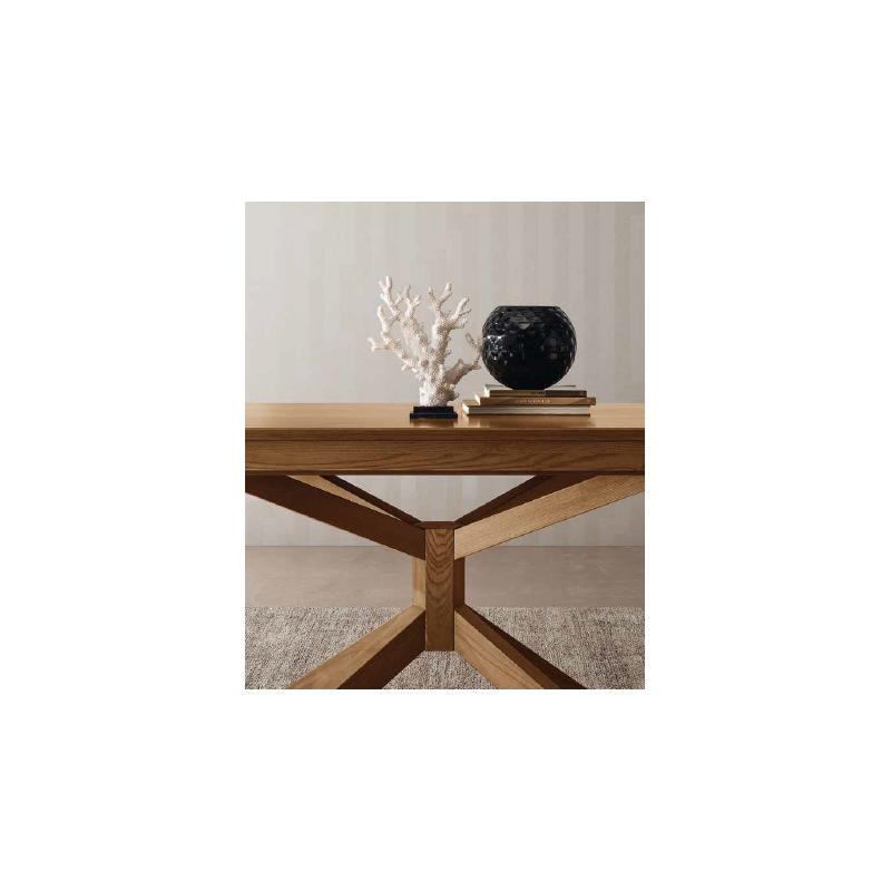 MOTIVI dining table