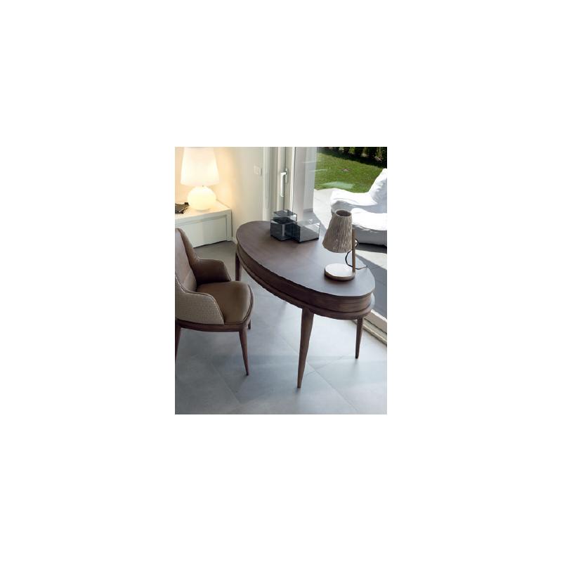 Deesigner oval writing desk