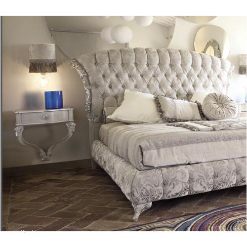CAPRI floating bedside table